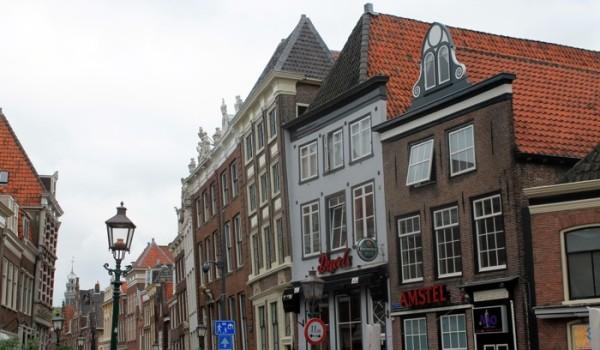 Un pueblo típico en la ruta en bici por Holanda