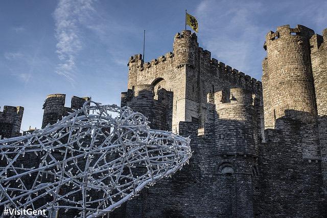 El castillo de Gante decorado en Navidad
