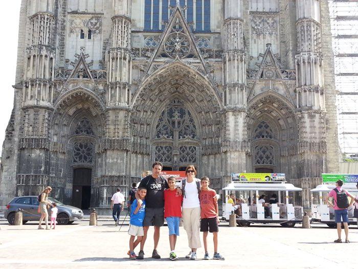 Viatjant per França amb els nens