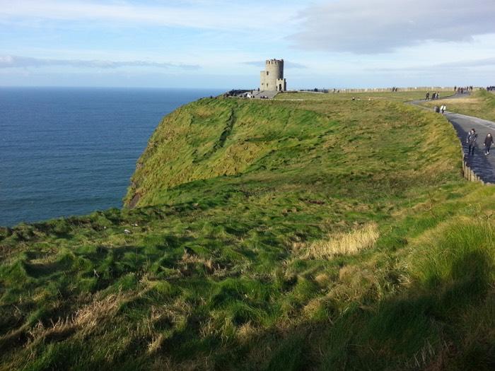 La torre de O'Brien en los Cliffs of Moher