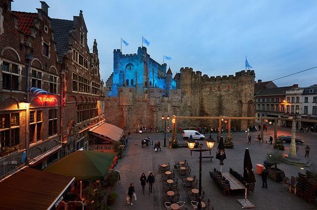 El Castillo de los Condes de Flandes durante las Navidades