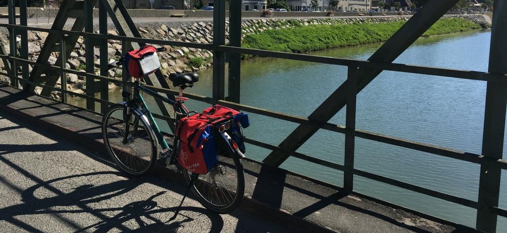 Alforjas en las bicis de cicloturismo