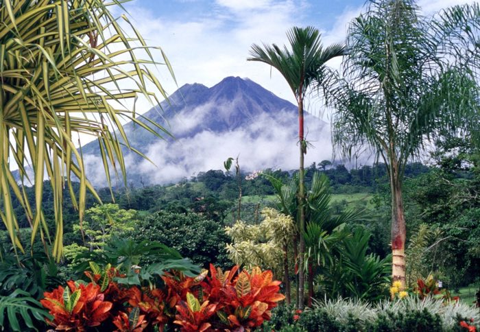 El volcà Arenal a Costa Rica
