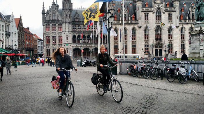 Brujas en bici