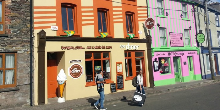 [:ca]Hamburgueseria a Dingle [:es]Hamburguesería en Dingle, en Irlanda, [:]