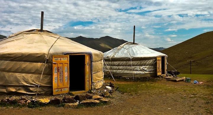 Mongoles-nomadas-paneles-solares31