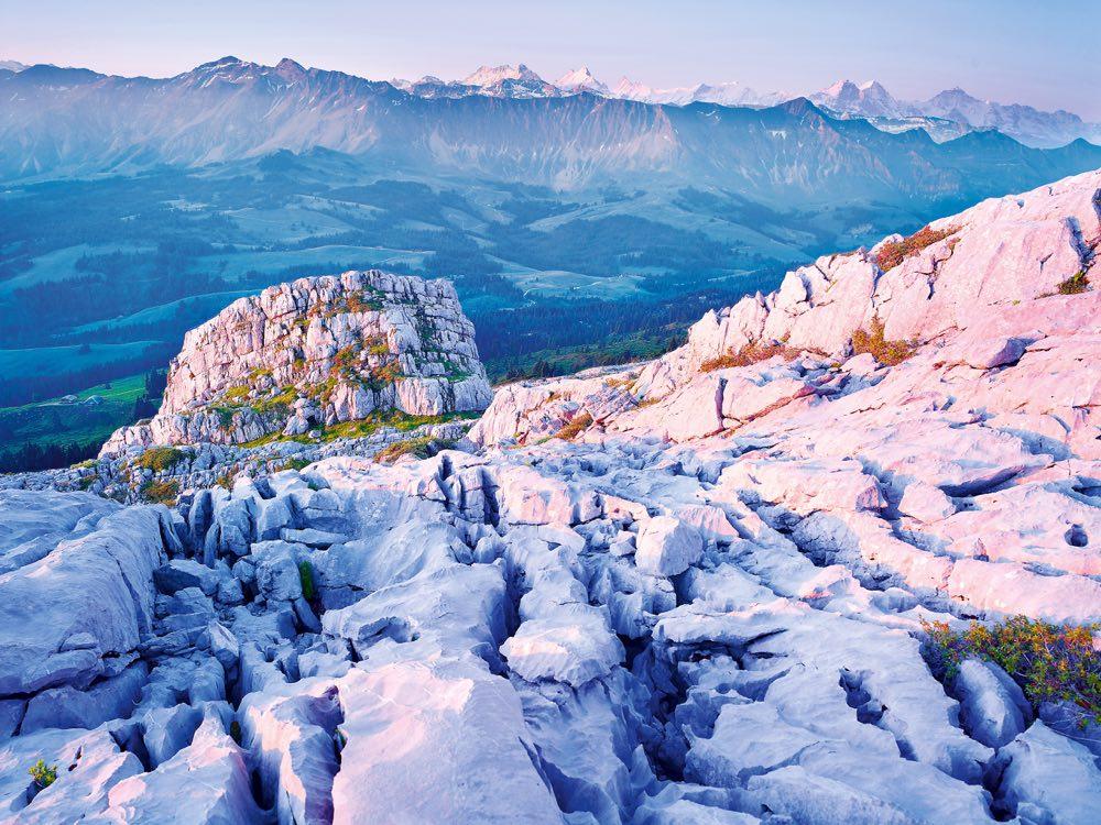 El Schrattenfluh con los Alpes al fondo