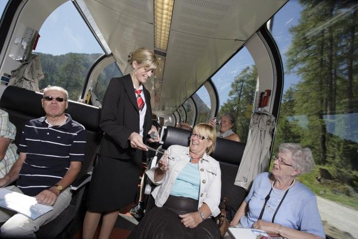 El servei en els trens panoramics de Suïssa